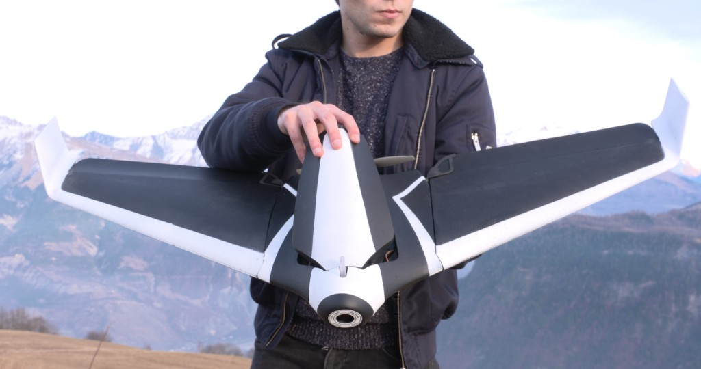 Parrot DISCO | The new 50 MPH Winged Drone unveiled. homepage image {NEWS_TAGS}