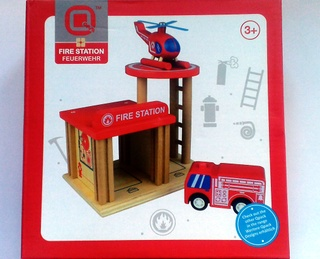 Nicko Q-Pack Wooden Fire Station