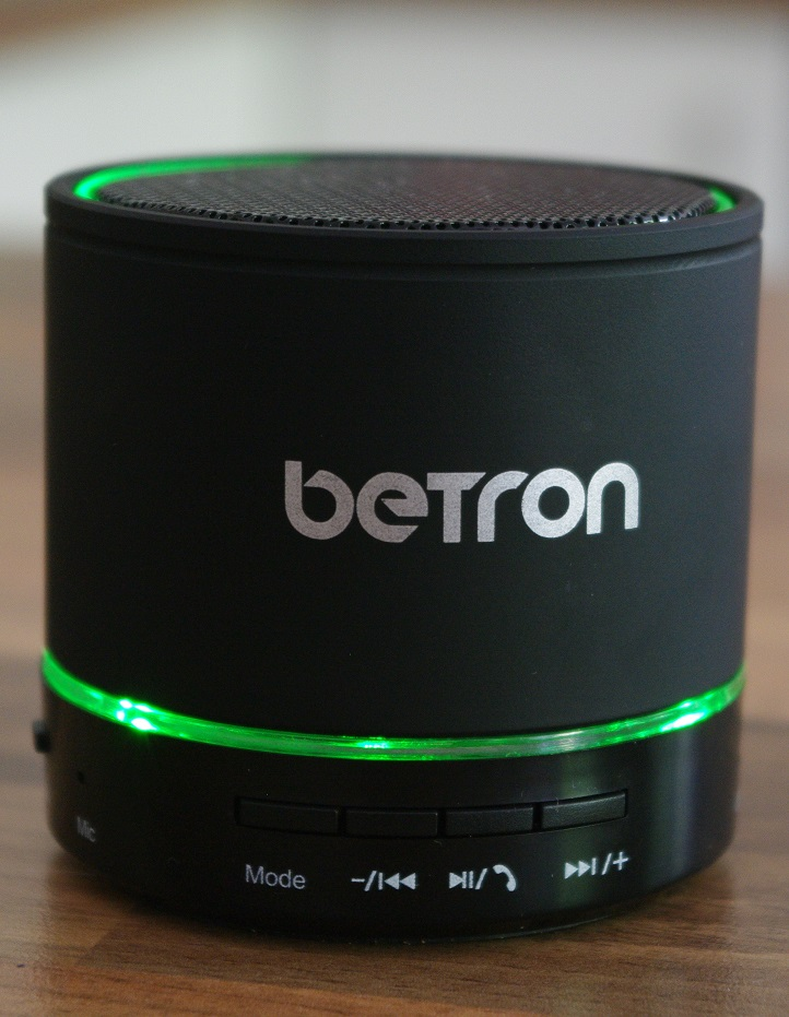 Betron KBS08 Bluetooth Speaker Front